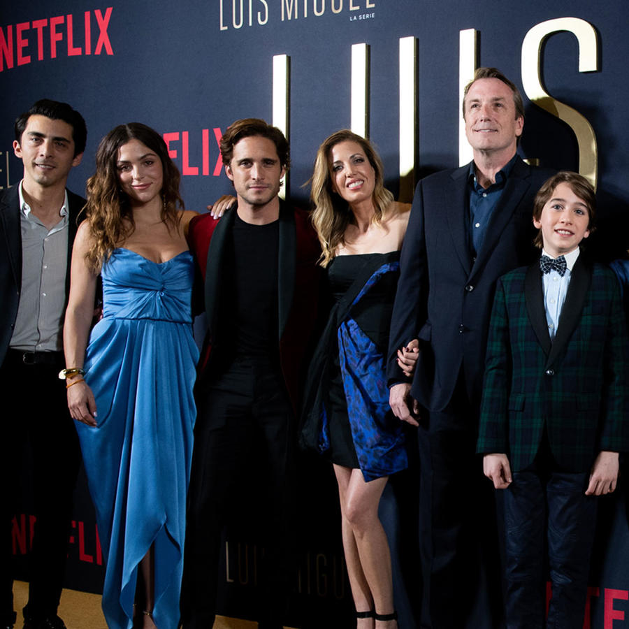 Elenco de la serie de Luis Miguel