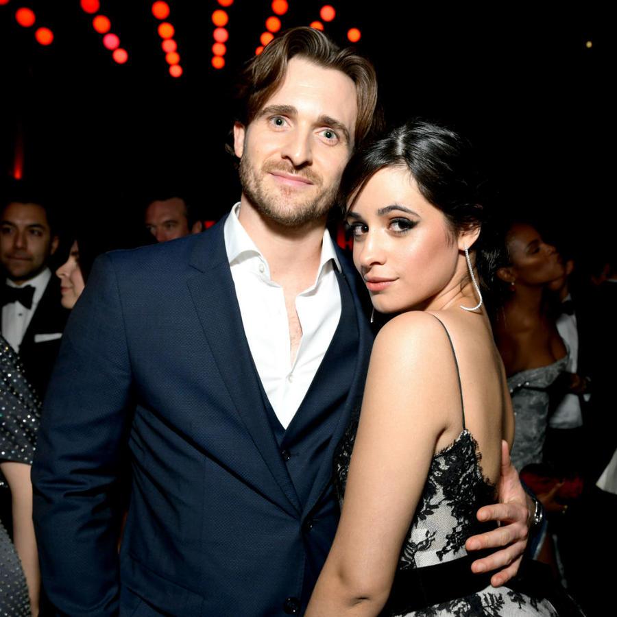 Matthew Hussey y Camila Cabello en la Vanity Fair Oscar Party, en febrero de 2019