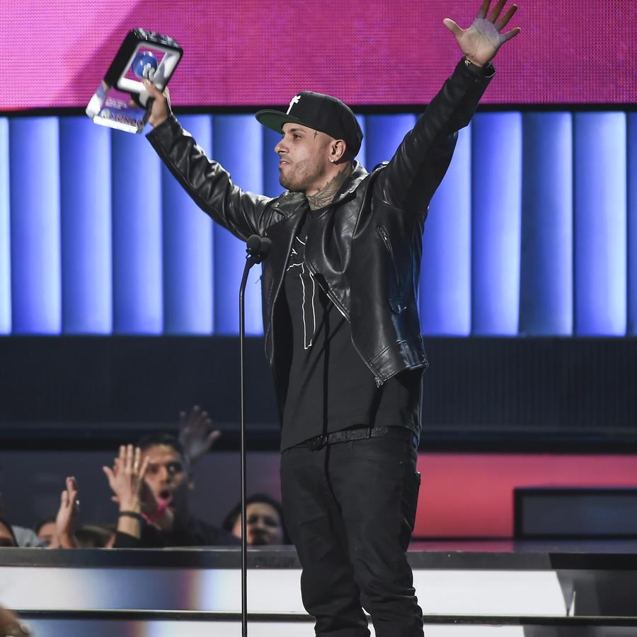 Nicky Jam gana en Premios Tu Mundo 2015