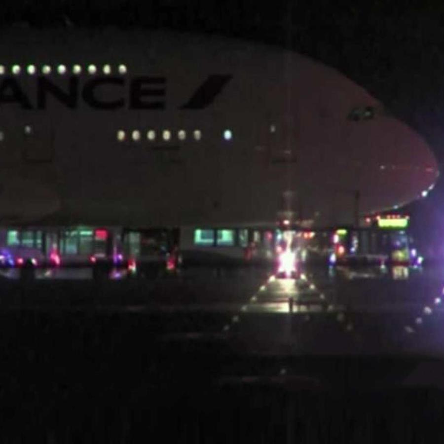 dos aviones de la linea air france tuvieron que aterrizar de emergencia