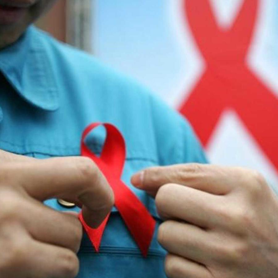 dia mundial del sida: mario shauer presenta su historia