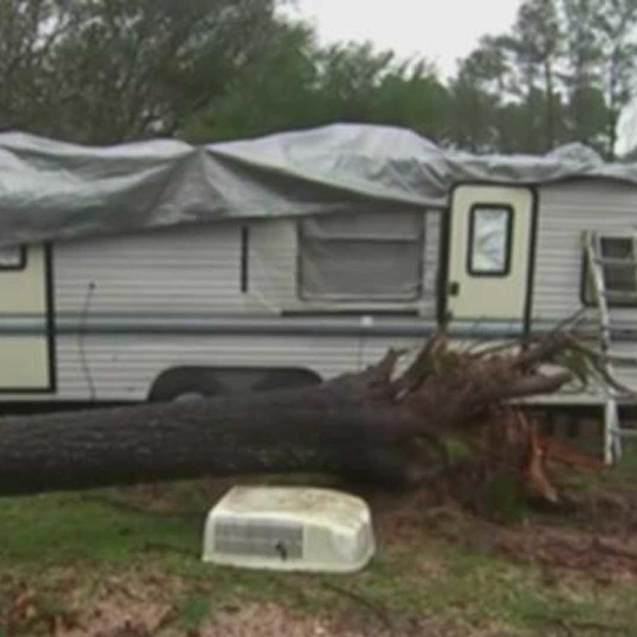 dos tornados causaron severos danos en lindale, texas