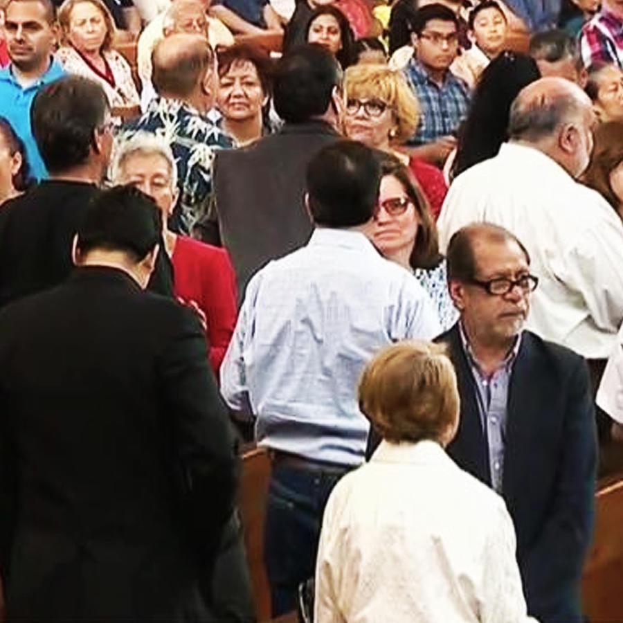 Sesenta parejas renuevan voto en Los Angeles, California