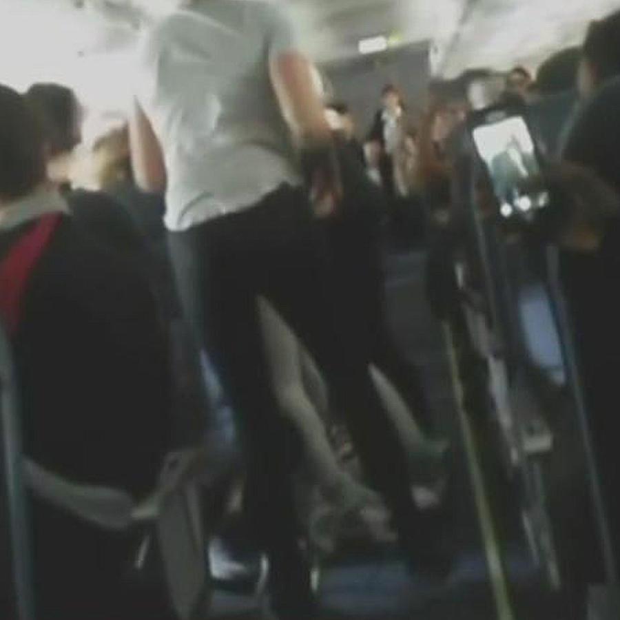 Pasajeras se pelean en pleno vuelo