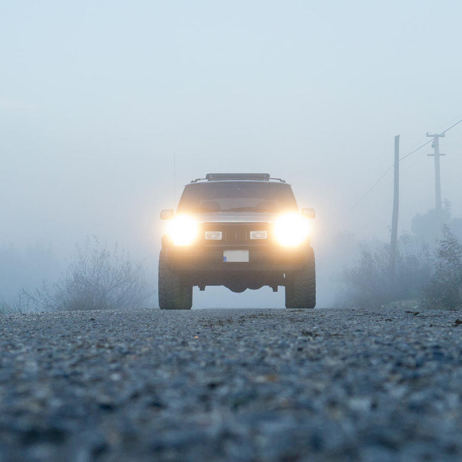 luces delanteras de auto