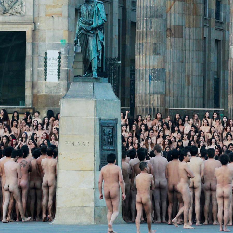 desnudos en colombia