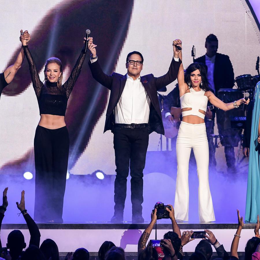 Talento de Telemundo presentan en Premios Tu Mundo 2016