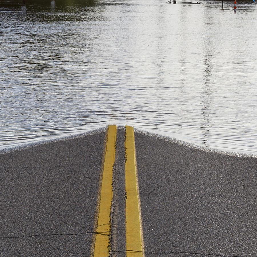 Indianápolis en crisis por inundaciones