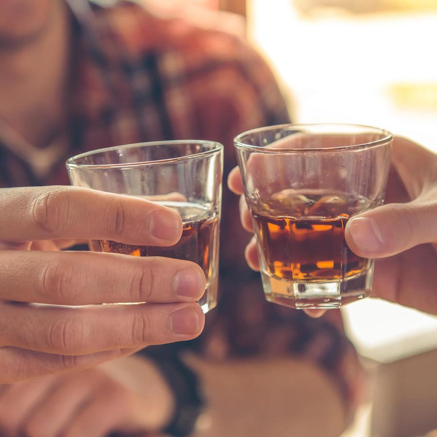 brindan con whisky