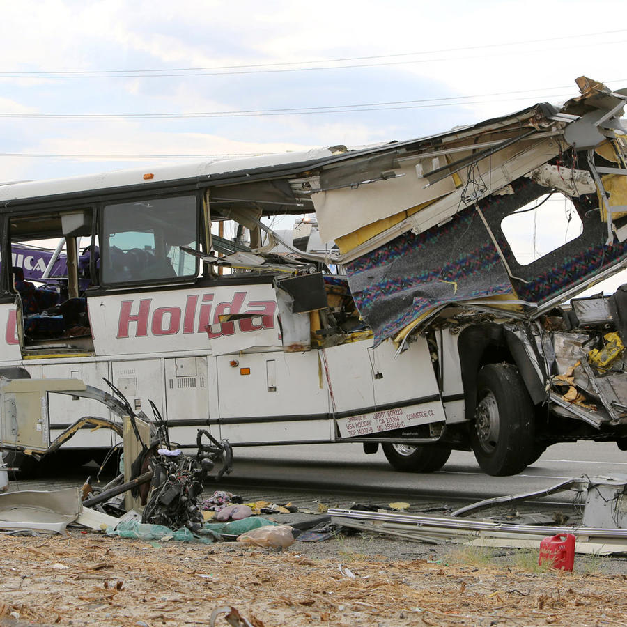 accidente de autobus en california
