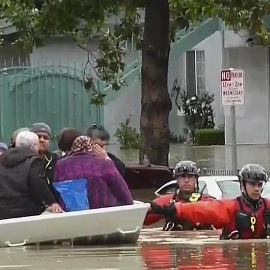 evacuan en california