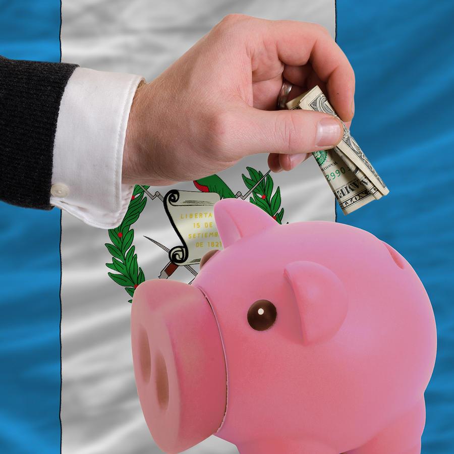 Descenso de remesas  preocupa a economía guatemalteca