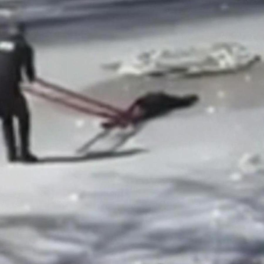 policias rescatan a joven