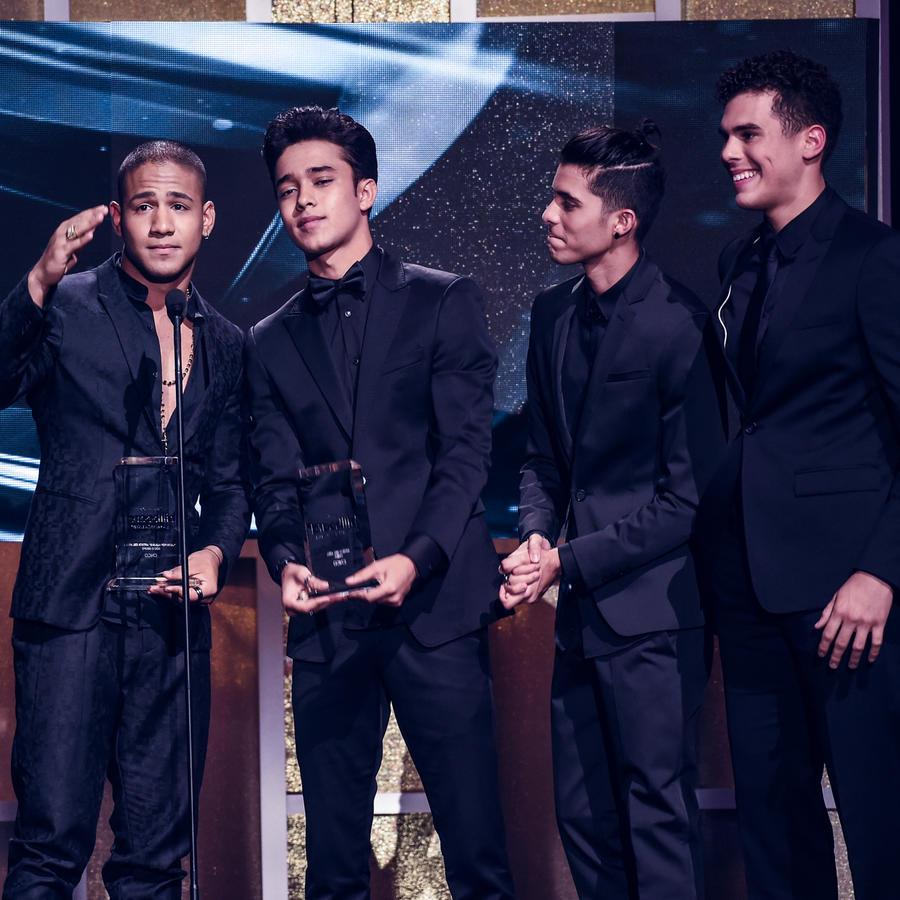 CNCO en Premios Billboard 2017