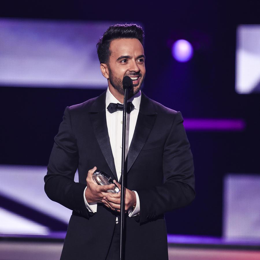 Luis Fonsi en Premios Billboard 2017