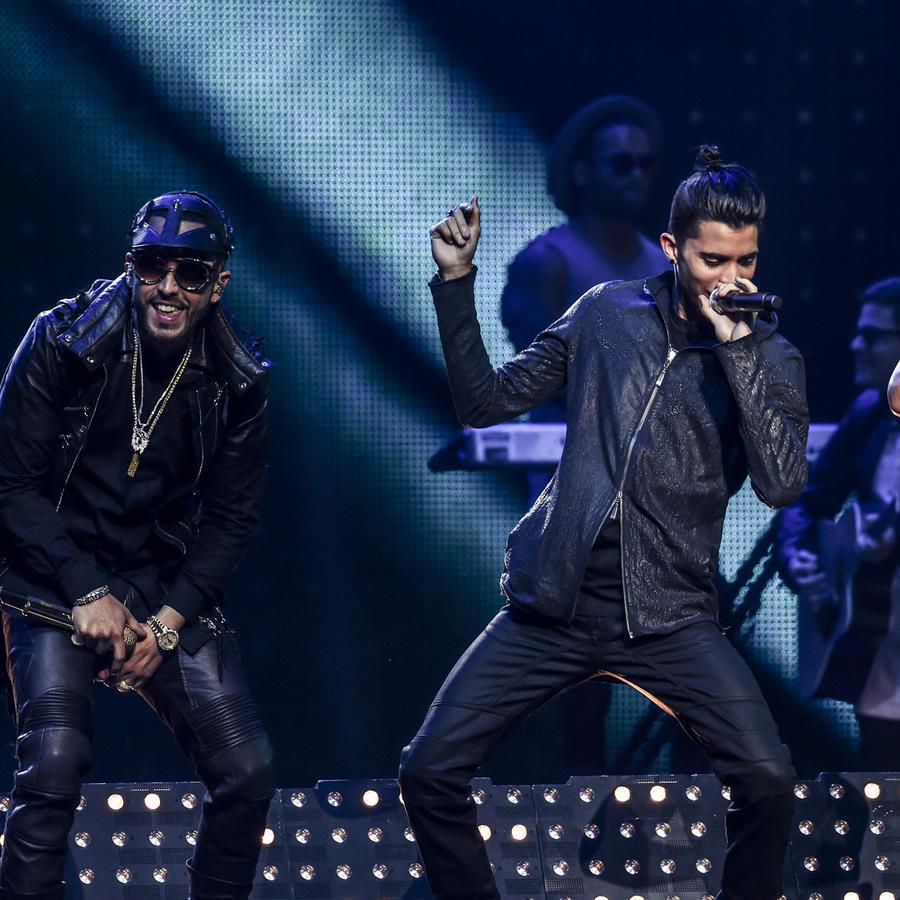 CNCO y Yandel en Premios Billboard 2017