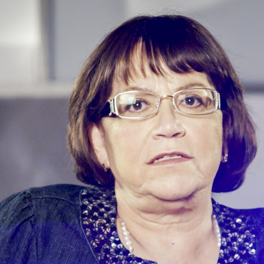 Doña Rosa en Mariposa De Barrio