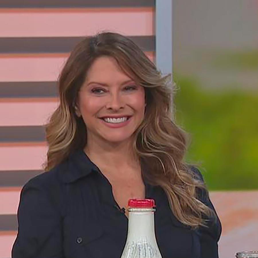 Ingrid Hoffmann, chef y nutricionista, nos enseña cómo hacer 3 probióticos en casa