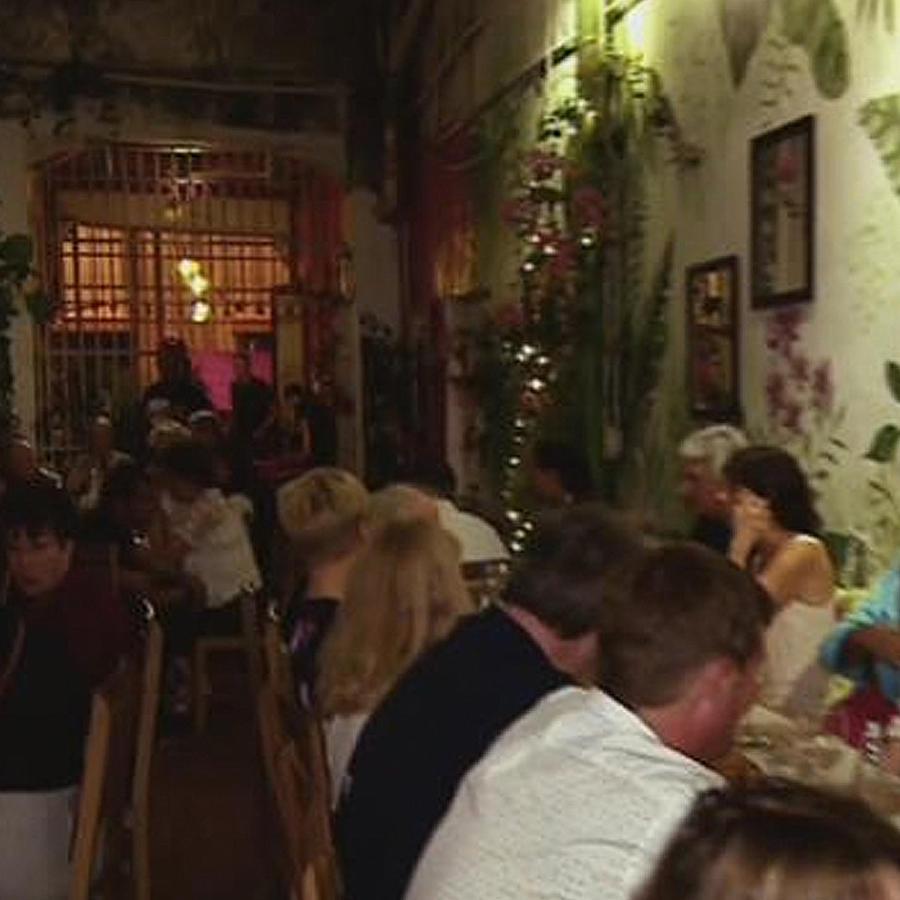 restaurant  atendido por reclusas