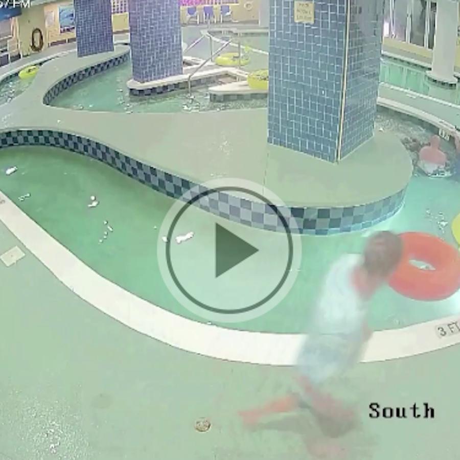 Rescate de un niño atrapado bajo el agua en una alberca