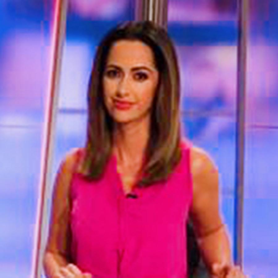 Paulina Sodi con las noticias de la mañana