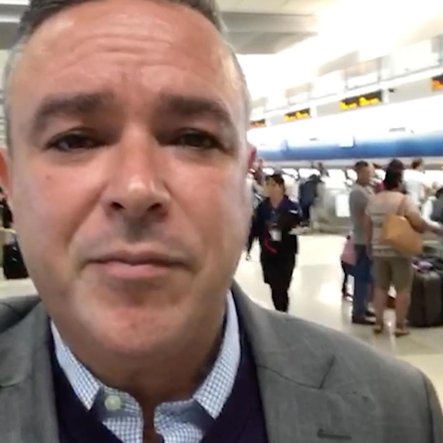 Rogelio Mora-Tagle en el aeropuerto de Miami, Florida el 20 de marzo de 2019