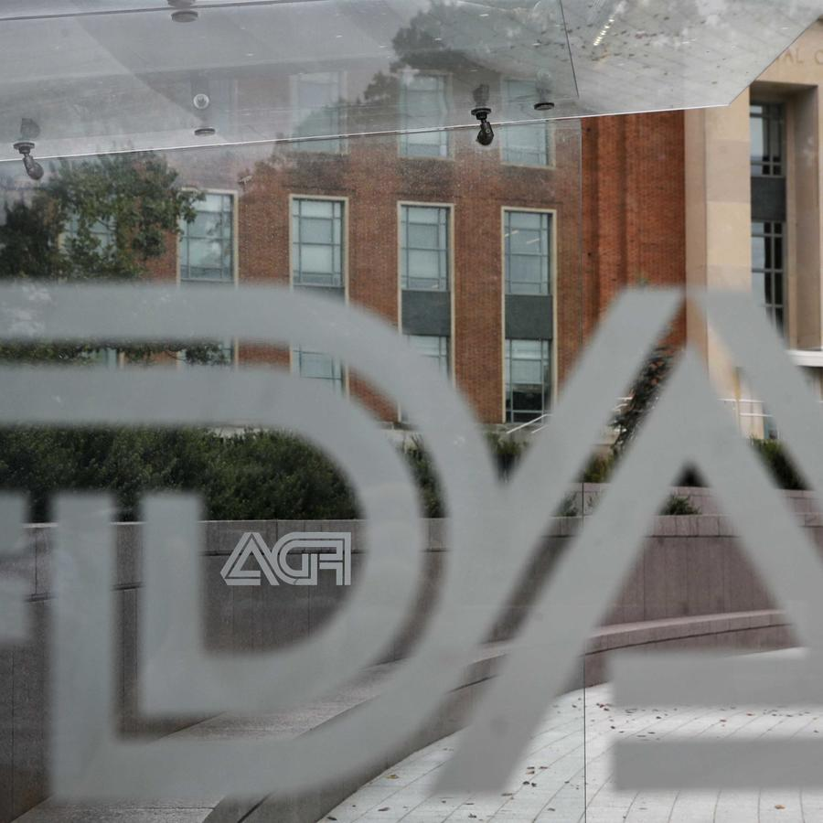 Foto de archivo del logo de la FDA