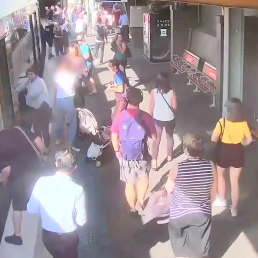 Niño cae a las vías del tren en Australia