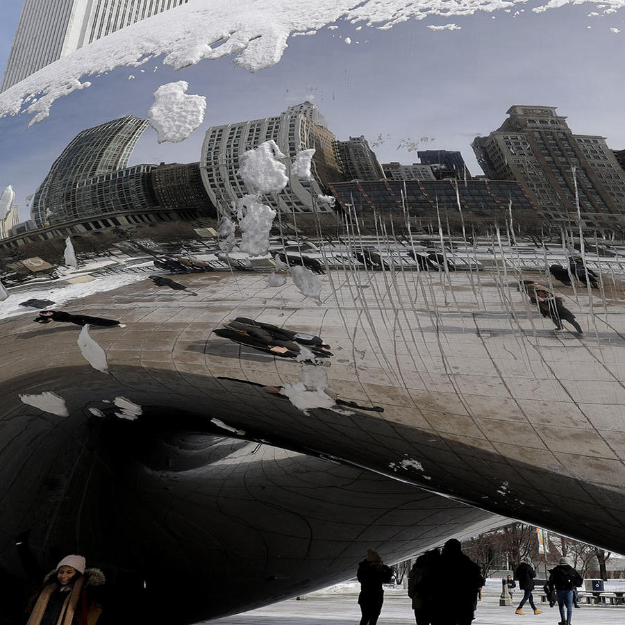 Escultura Cloud Gate en el Millennium Park de Chicago.