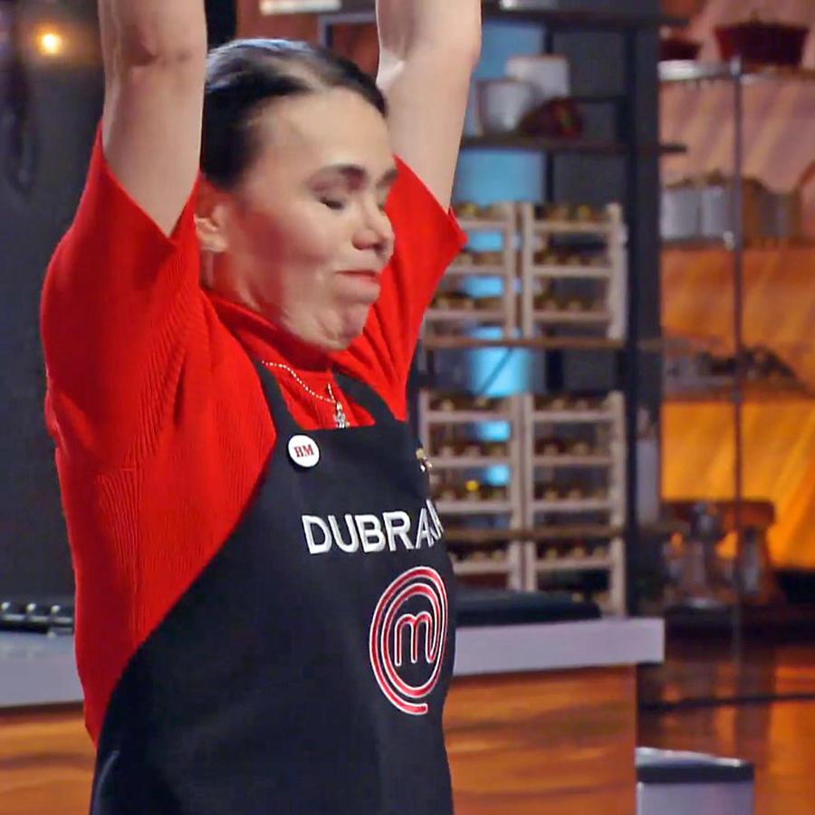 Dubraska Wawi es salvada durante la cata en MasterChef Latino 2