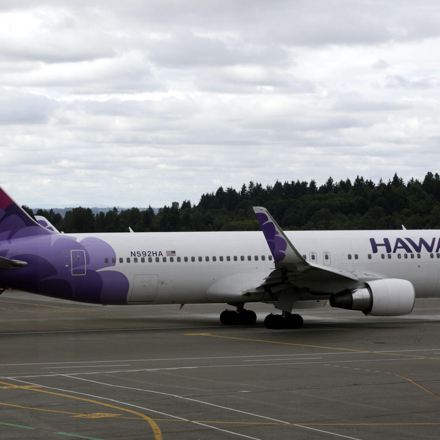 Fotografía de archivo de un avión de la aerolínea Hawaiian Airlines