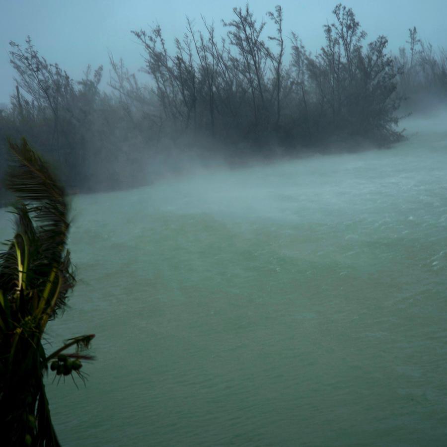 Huracán Dorian vapulea las islas Bahamas