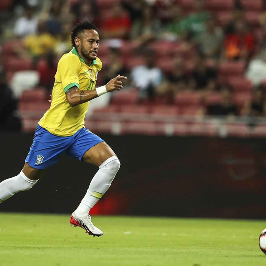 Neymar, otra vez lesionado durante Brasil vs Nigeria