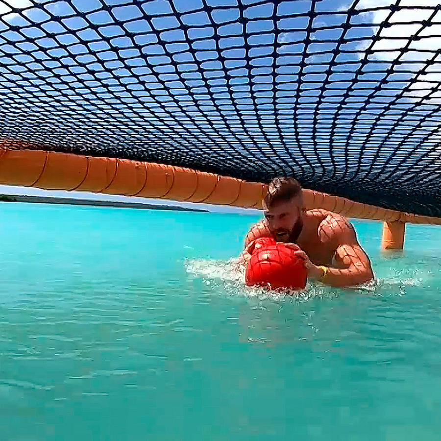 Nate en el circuito en el mar Caribe