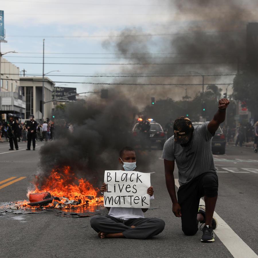 Protestas contra la muerte en Minneapolis, custodia policial de George Floyd, en Los Ángeles