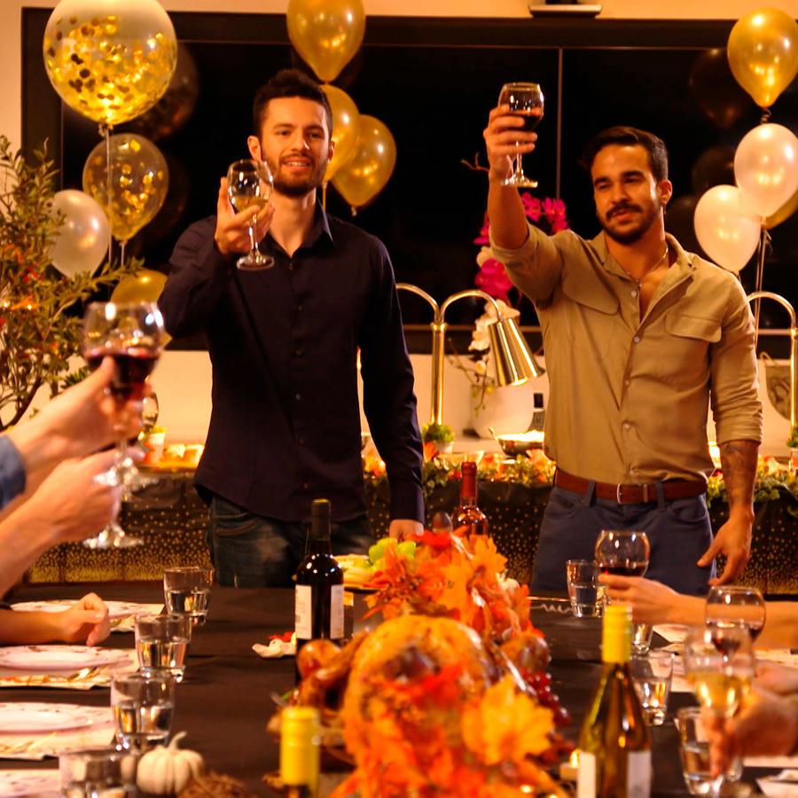 Cena de Thanksgiving en El Domo del Dinero