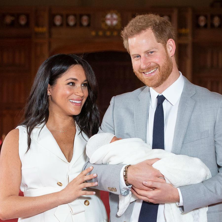 Meghan Markle con Harry y nuevo bebé real