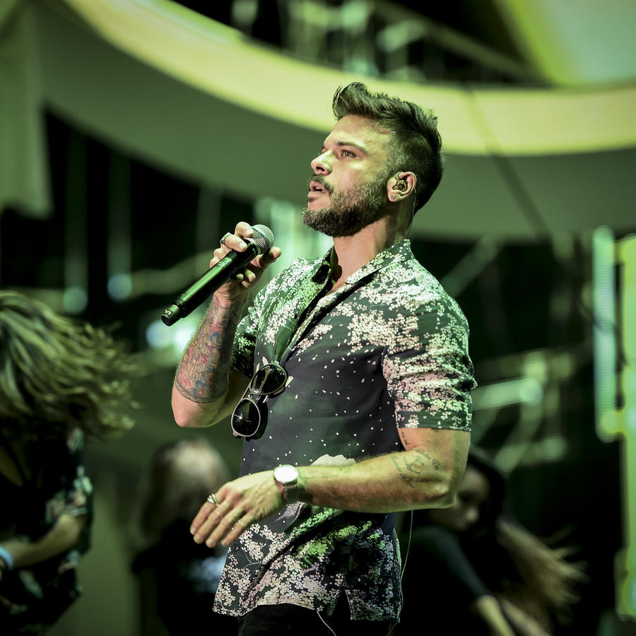 Pedro Capo ensayando en los Premios Billboard 2017