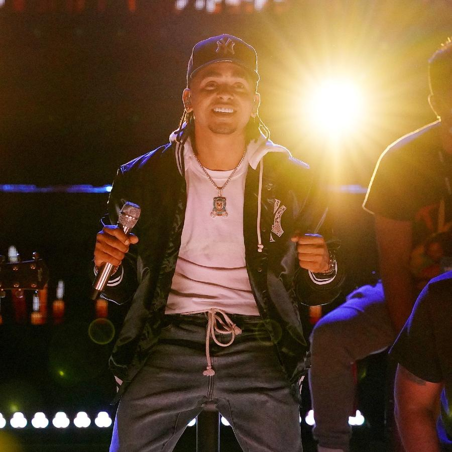 Ozuna en los ensayos de los Premios Billboard 2020