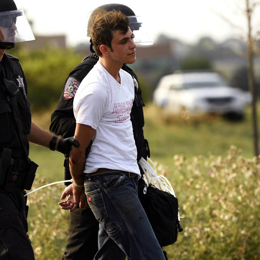 Hombre detenido por ICE