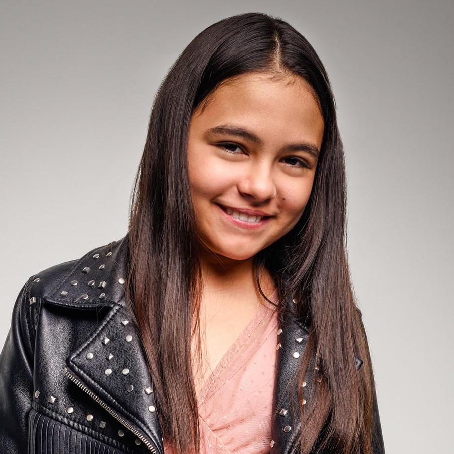 Isabella Sierra es Sofía Dantes, la hija de Teresa Mendoza en 'La Reina del Sur'