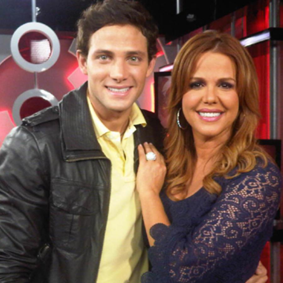 María Celeste Arrarás junto al actor Gabriel Coronel
