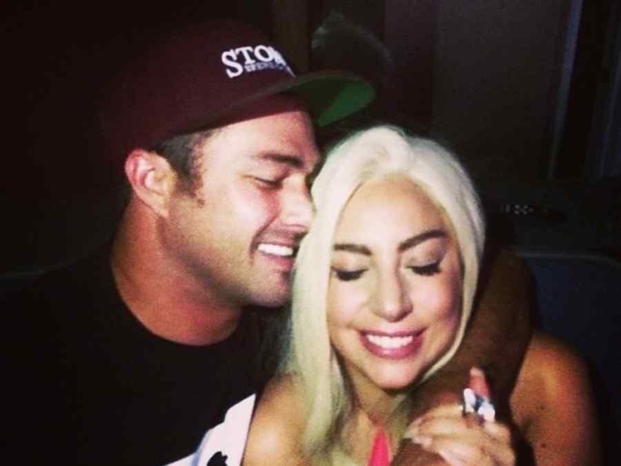 Lady Gaga y su novio Taylor Kinney