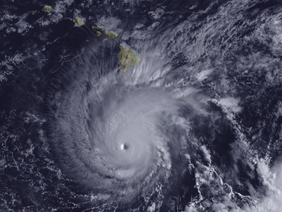 El huracán Lane este miércoles aproximándose a Hawái.
