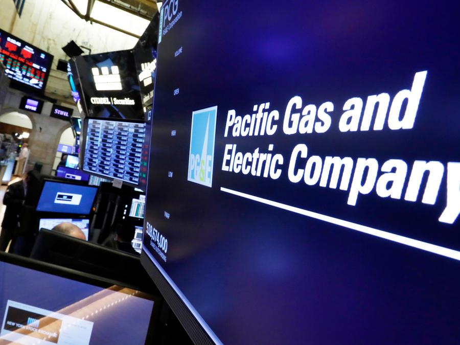 Logotipo de compañía eléctrica de California PG&E en una imagen de archivo