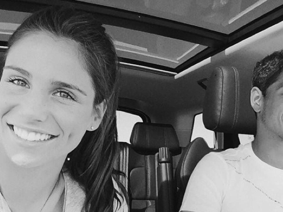 """Lucía Villalón: """"Chicharito me dejó en mi peor momento"""""""