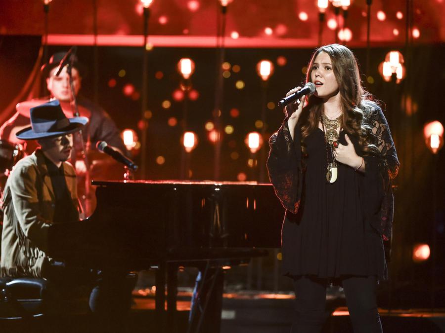 Jesse y Joy cantan en Latin AMAs 2015
