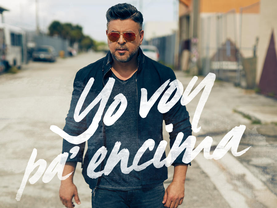Foto promocional de Luis Enrique 2015