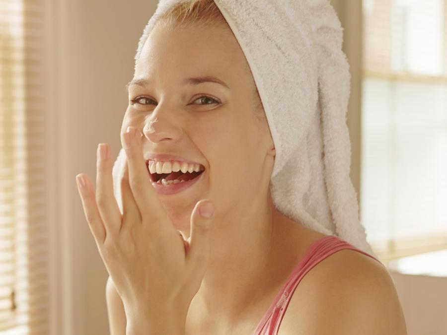 Las mejores cremas para suavizar la piel mixta