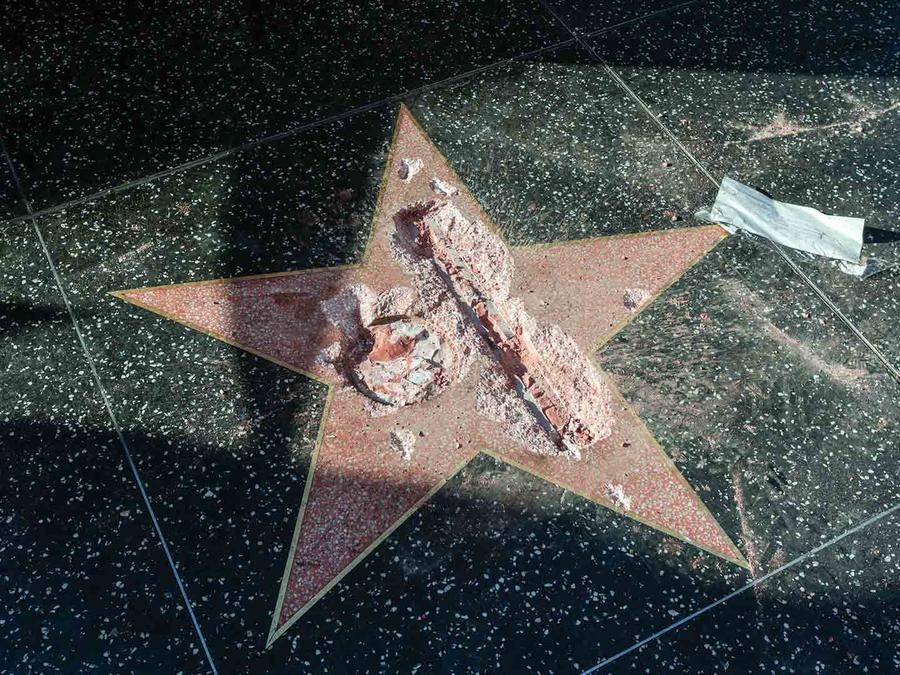 Vandalizan la estrella de Donald Trump en Hollywood